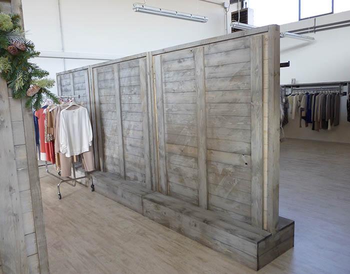Progettazione produzione montaggio arredamenti per sale for Arredamento in legno