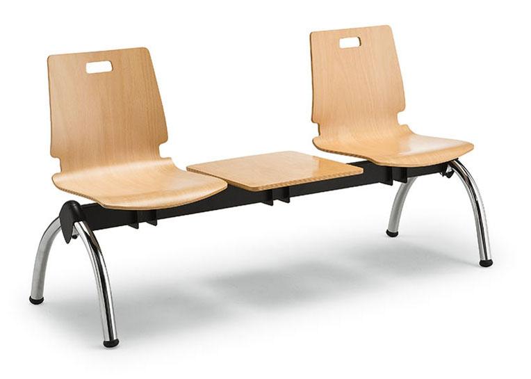 Fornitura sedie e sgabelli per arredamento negozi e spacci dm
