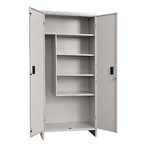 Produzione vendita armadi porta scope e accessori pulizia