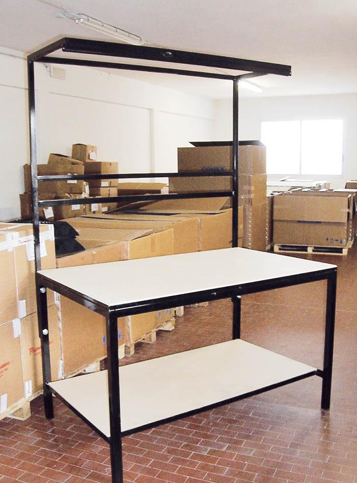 Produzione vendita tavoli da lavoro professionali for Tavoli usati